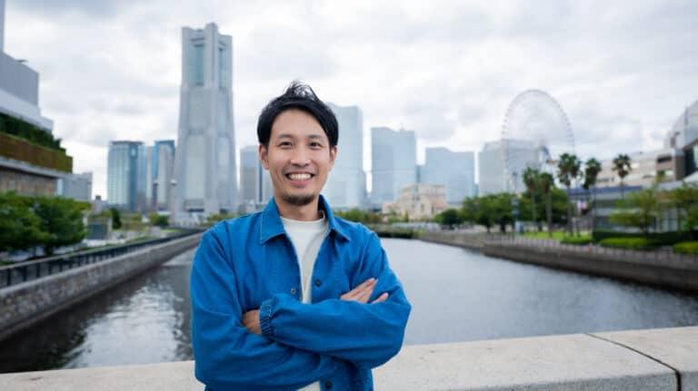 【起業家インタビュー】 我慢しないで働ける社会を創る|RPAサービス Peaceful Morning|藤澤専之介さん